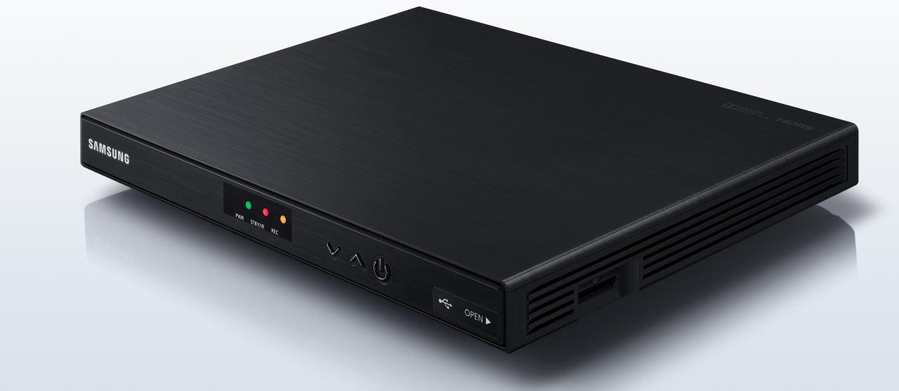 ad39c7b72 Samsung EVO-S - první hybridní satelitní přijímač pro Skylink ...