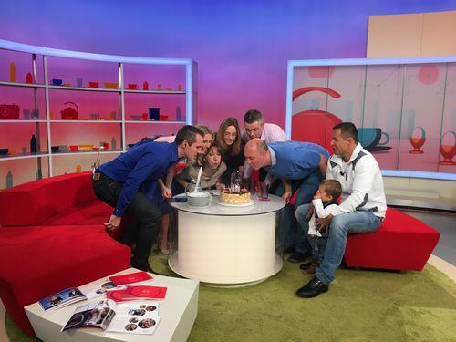 Obr�zek k textu: Televize Nova vys�l� u� 22 let, slavit bude spole�n� s div�ky
