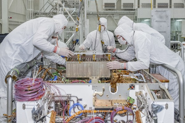 Mars 2020 Rover (Photo credits: NASA/JPL-CALTECH / NASA/United Launch Alliance)